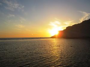 Sicilia Verde il sole sul mare