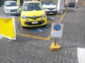 Parcheggi disabili 1