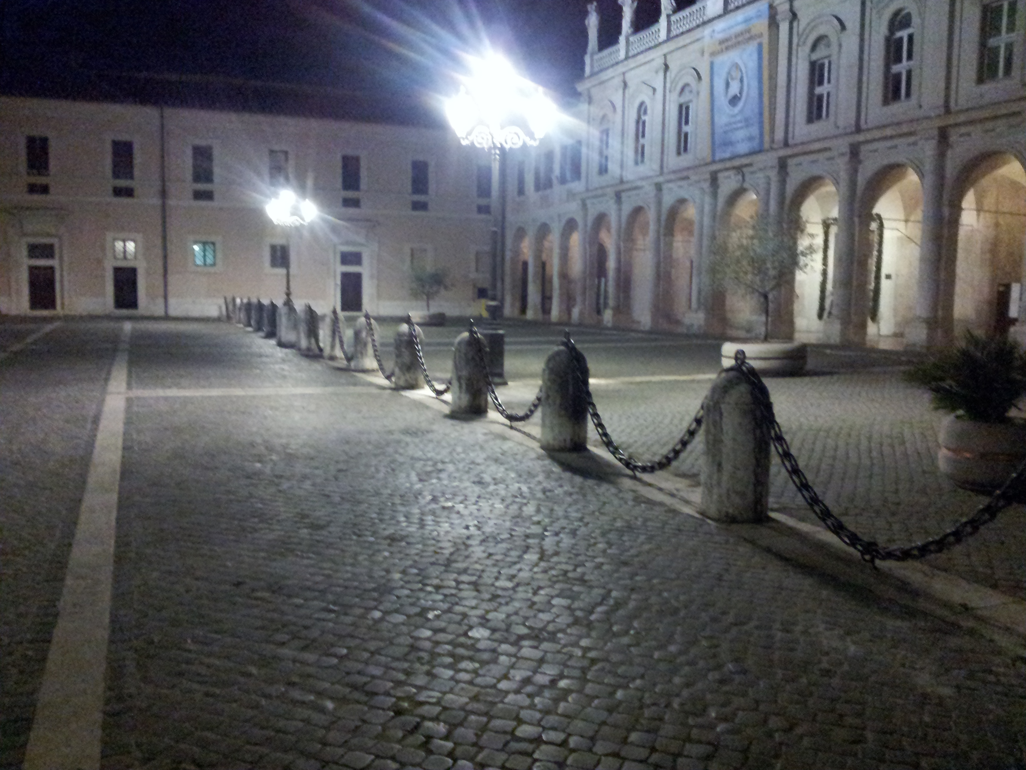 Porta santa ternana aperta per il giubileo della misericordia - Porta tocca pavimento ...