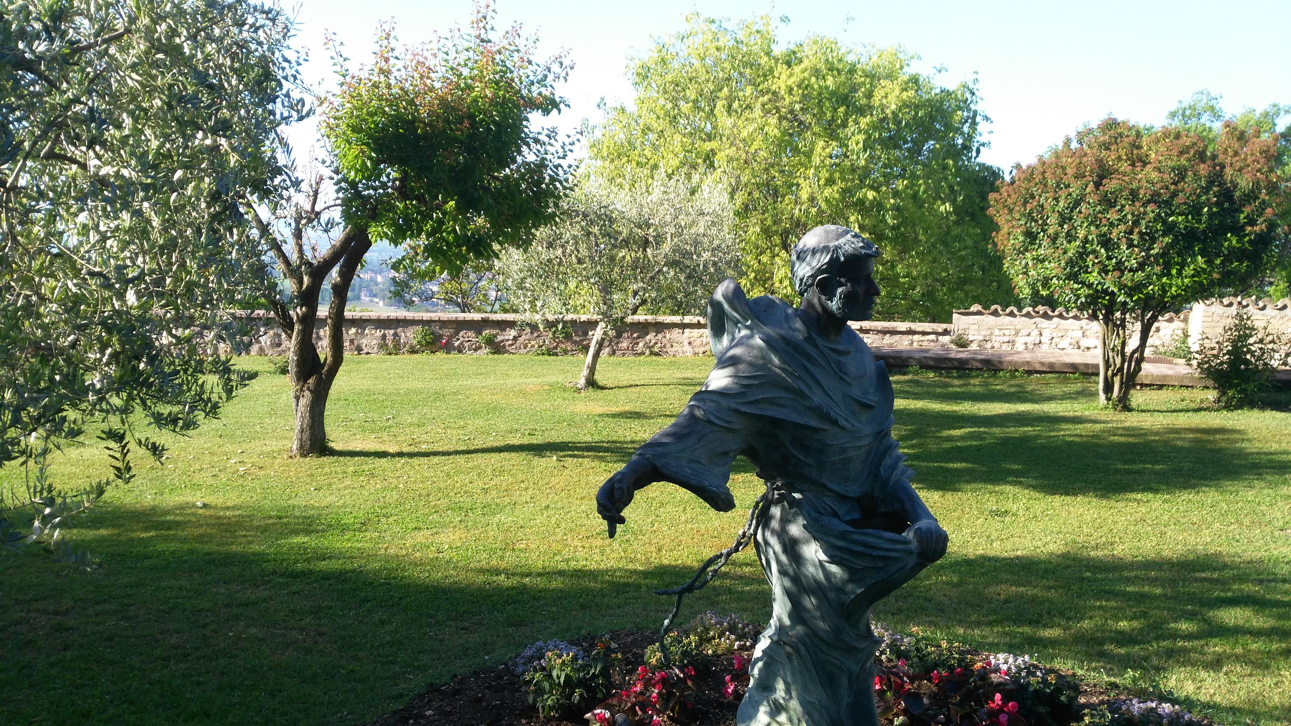 Assisi nel vento centenario di fatima sabato 13 maggio - Il sole nel giardino ...